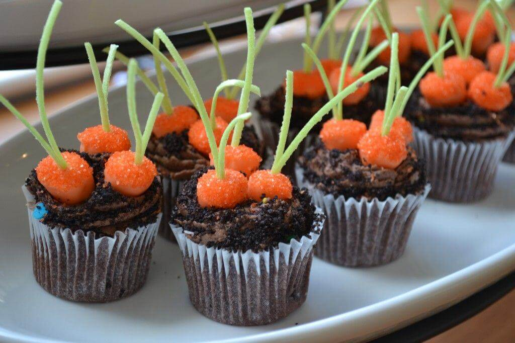 carrot-patch-cupcakes1