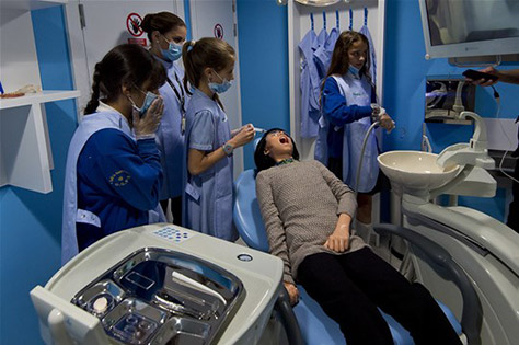 dentists_in_training_at_kidzania_london__(2)_25_06_15_03112015142532