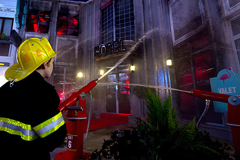 fire_-_putting_out_the_flames_at_kidzania_london__25_06_15_04112015094553