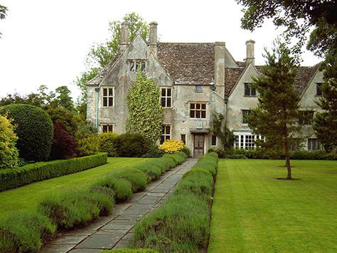 avebury-manor-and-garden