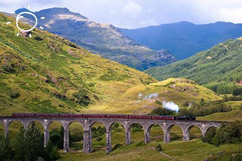 glennfinnan viaduct - scottish highland 2